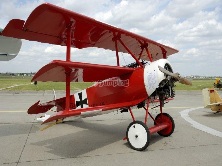 Replica de avioneta de baron