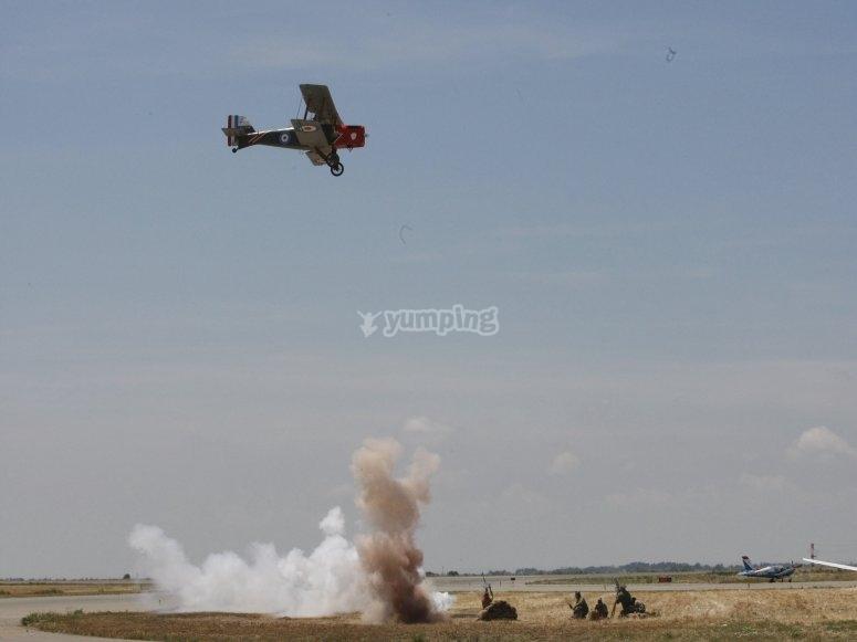 Volar con réplica de avioneta