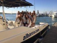 Un dia para disfrutar del barco en grupo