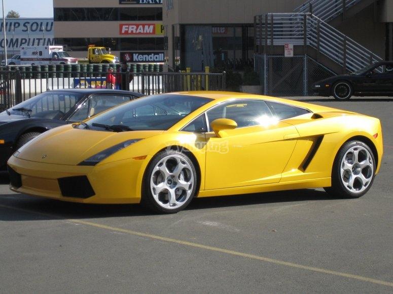 Montmeló的Lamborghini驾车体验