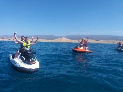 Jet ski con banana boat y parasailing en Mogán 2 h