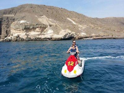 Motos de agua y wake board en Mogán con monitor