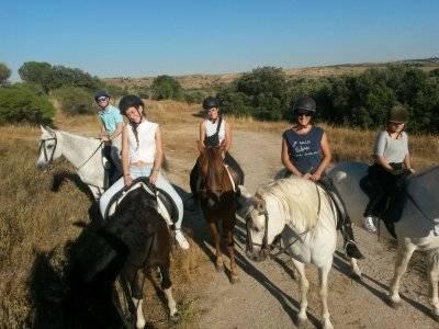 Paseo a caballo nocturno en Arroyomolinos
