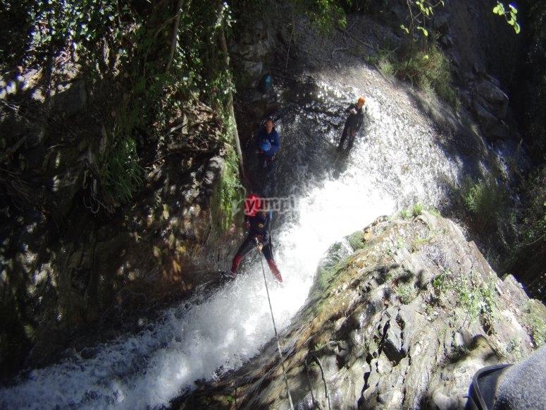 Adrenalina en el barranco