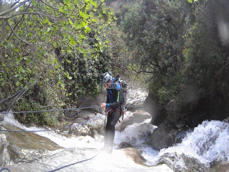Bajando con cuerda