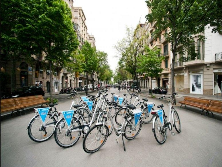 巴塞罗那的电动自行车租赁