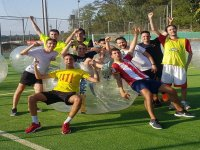 Campeones de bubble football en Barcelona