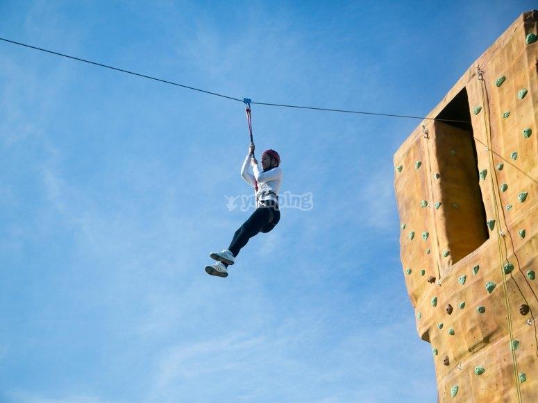 Saltare nella zip line