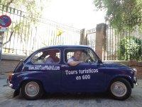 Tour through Madrid in Seat 600