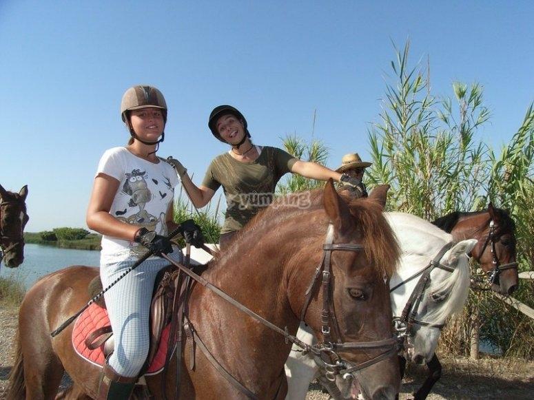 Excursion a caballo en dia claro