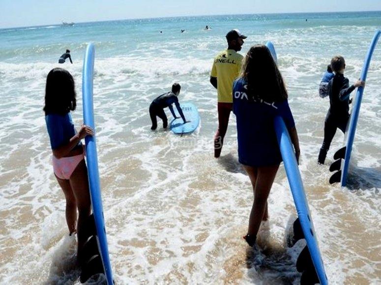 Campamento de surf