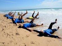 在加的斯的Conil de la Frontera冲浪营1天