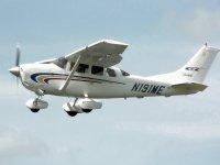 发动机n -999飞机 - 飞机在空中