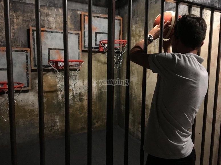 射击一篮子