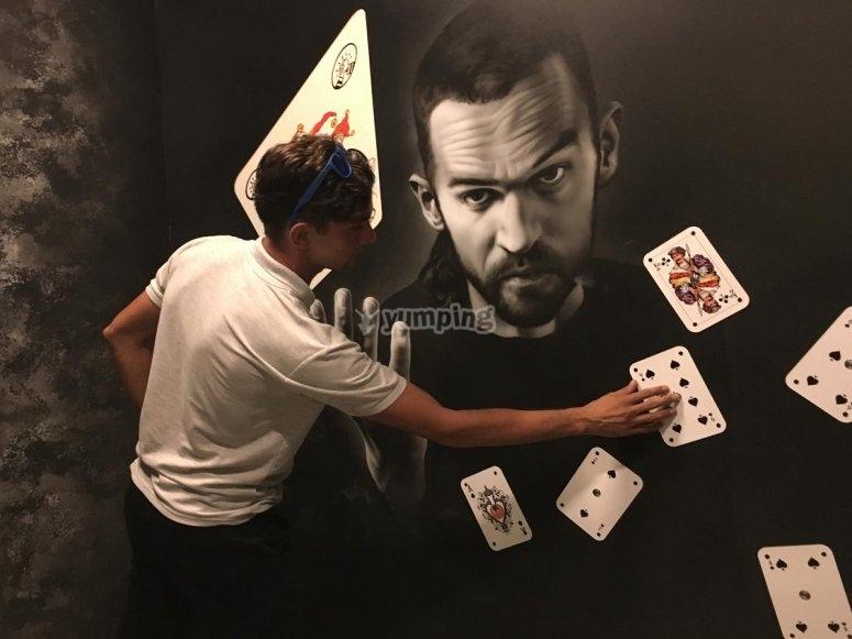 - 卡片戏法