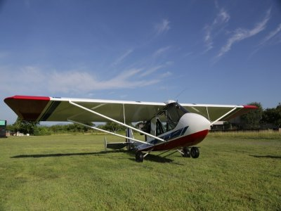 Fly an ultralight plane in Santa Comba for 1h