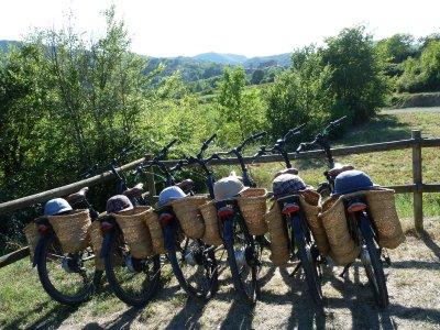在la Garrotxa的电动自行车路线6个小时