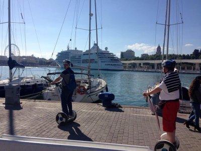 Ruta guiada en bicicleta eléctrica en Málaga 2 hrs