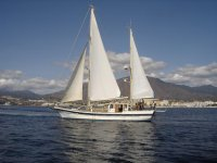 Despedida de soltero en velero en Málaga 2 horas