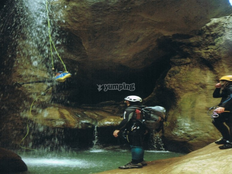 Having fun while canyoning in Cuenca