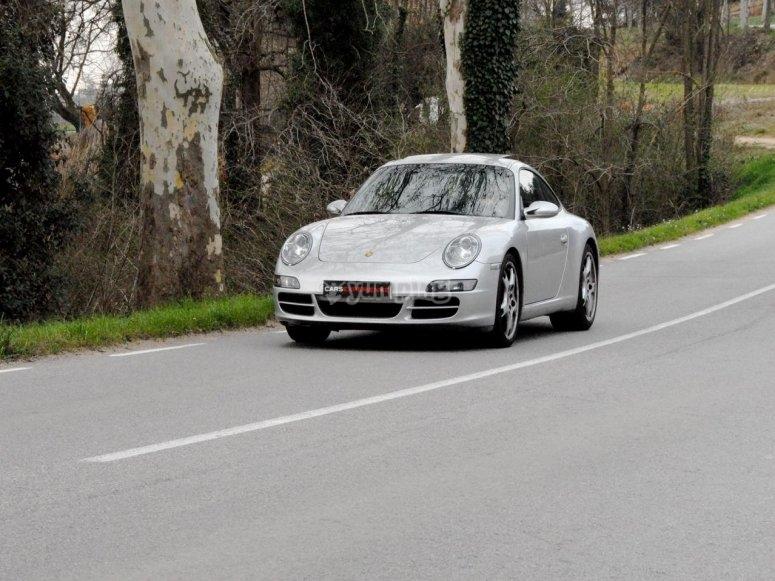 Al volante del Porsche