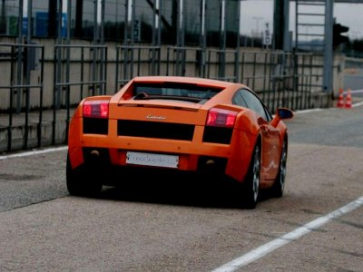 Porsche driving in Barcelona 6 laps