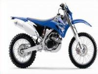 moto azul modelo wr450