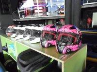 Cascos de karting de colores