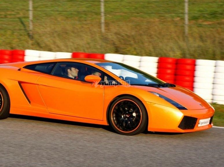 Lamborghini en ciruito
