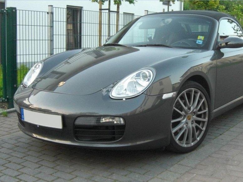 Porsche Boxster grigia