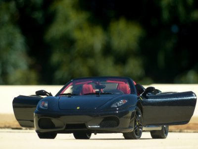 14km Ferrari and Porsche driving ride in Cantabria