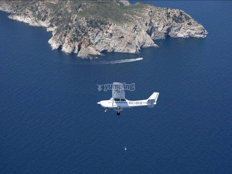 Giro en Cessna sobre el mar