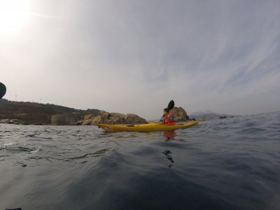 Alquilar un kayak en la costa de Ceuta