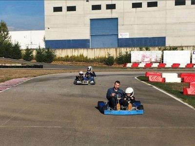 Alquiler Kart Biplaza en León, niño + adulto.