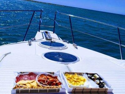 Kaizen Yacht