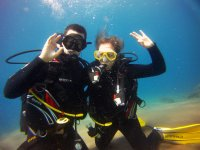 普拉亚布兰卡的潜水洗礼与理论课