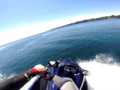 Ruta en moto de agua en Costa Brava para parejas