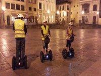 Una noche perfecta para recorrer Oviedo en segway