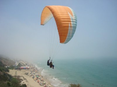 Paraglider in Conil Coast or Vejer w. Video 20m