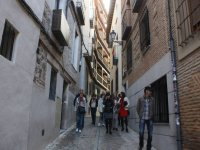 Hacia el barrio de la Juderia en Toledo