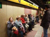 Viajando en el metro de Barcelona