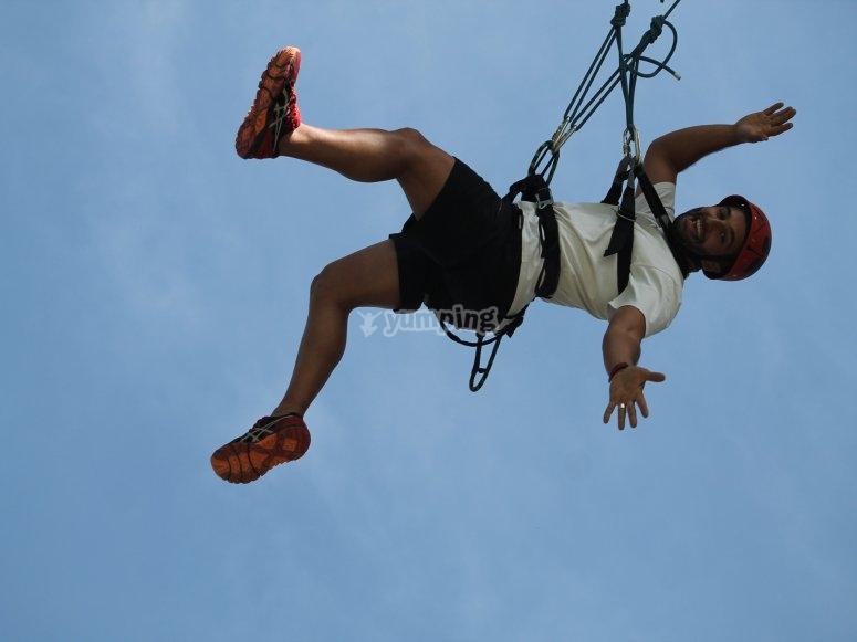 Péndulo en el salto de puenting
