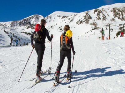 Starting off-piste skiing course