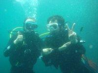 Debajo del agua en pareja