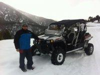 Con el buggi en el monte nevado