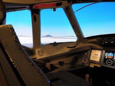 Simulatore di volo completo a Barcellona con diploma