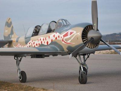 Pilota per un giorno in aereo da combattimento a Barcellona