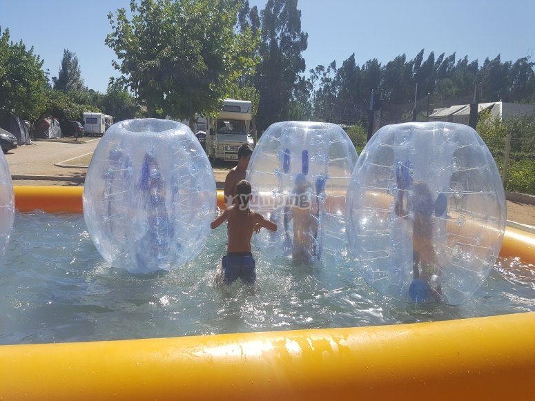 Bubble pool