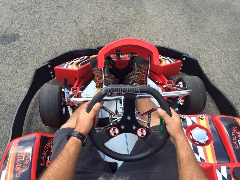 Listos para una carrera de karts