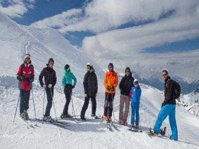 Vadelsquí的滑雪场为成人4天